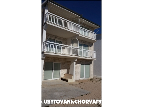 Apartm�ny Rados - Omi� Chorvatsko