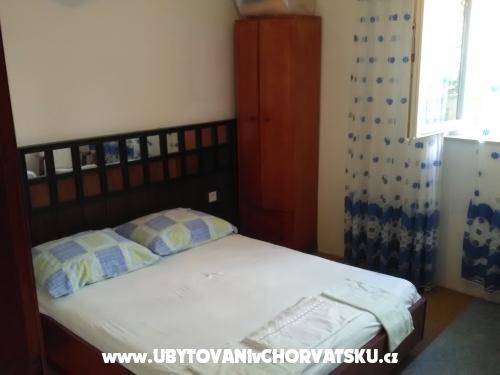Apartmaji Rose - Omiš Hrvaška