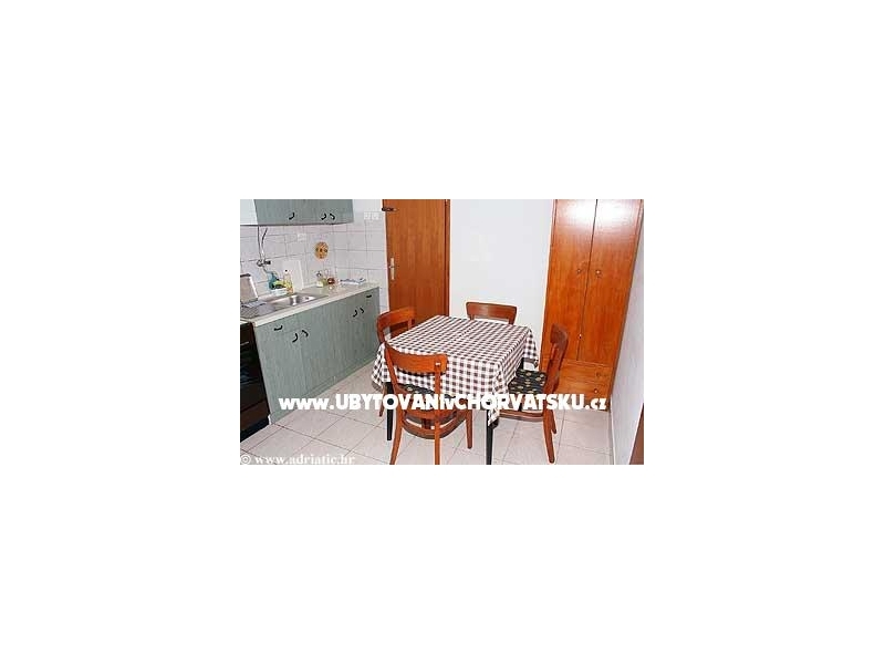 Appartements Rose - Omi� Croatie