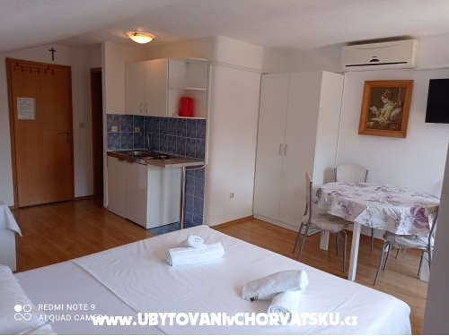 Appartements Mihovil - Omi� Croatie