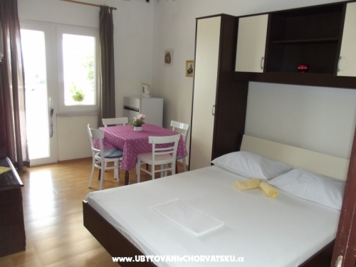 Tabak  - DuceApartment.com - Omiš Croatia