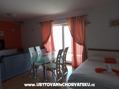 Apartmani Toni  Duće - Omiš Hrvatska