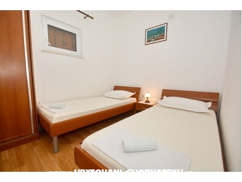 Apartmaji u �elini Zavode - Omi� Hrva�ka