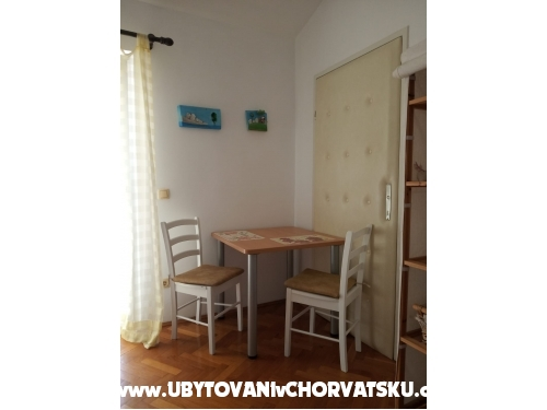 Apartments Urlicic - Omiš Croatia