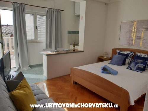Apartments Tino - Omiš Croatia