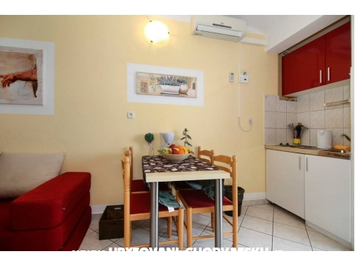 Apartments Emsa - Omiš Croatia