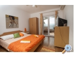 Appartements-pansion Julija - Omi� Kroatien