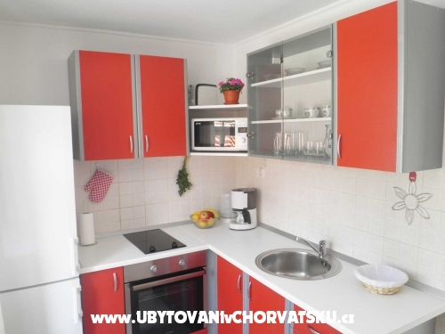 Apartment Smokvica - Omiš Croatia
