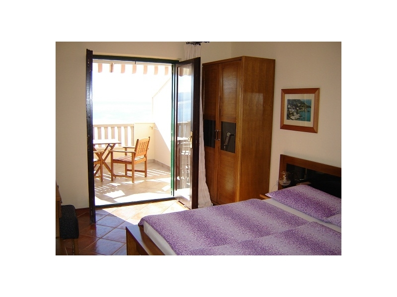Apartments  Pelegrin - Omi� Croatia