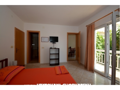 Appartements Ana - Campement Ivo - Omiš Croatie