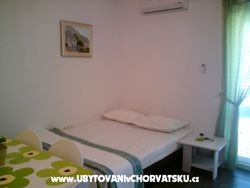 Apartments Jelenko - Omi� Croatia