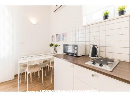 Apartamenty Mara - Omiš Chorwacja