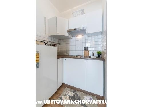 Apartmanok Mara - Omiš Horvátország