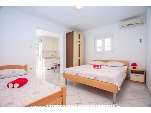 Apartments Marko - Omiš Croatia