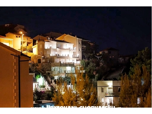 Apartmaji Mateo&Andrea - Omiš Hrvaška