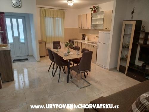 Ferienwohnungen Mušac - Omiš Kroatien