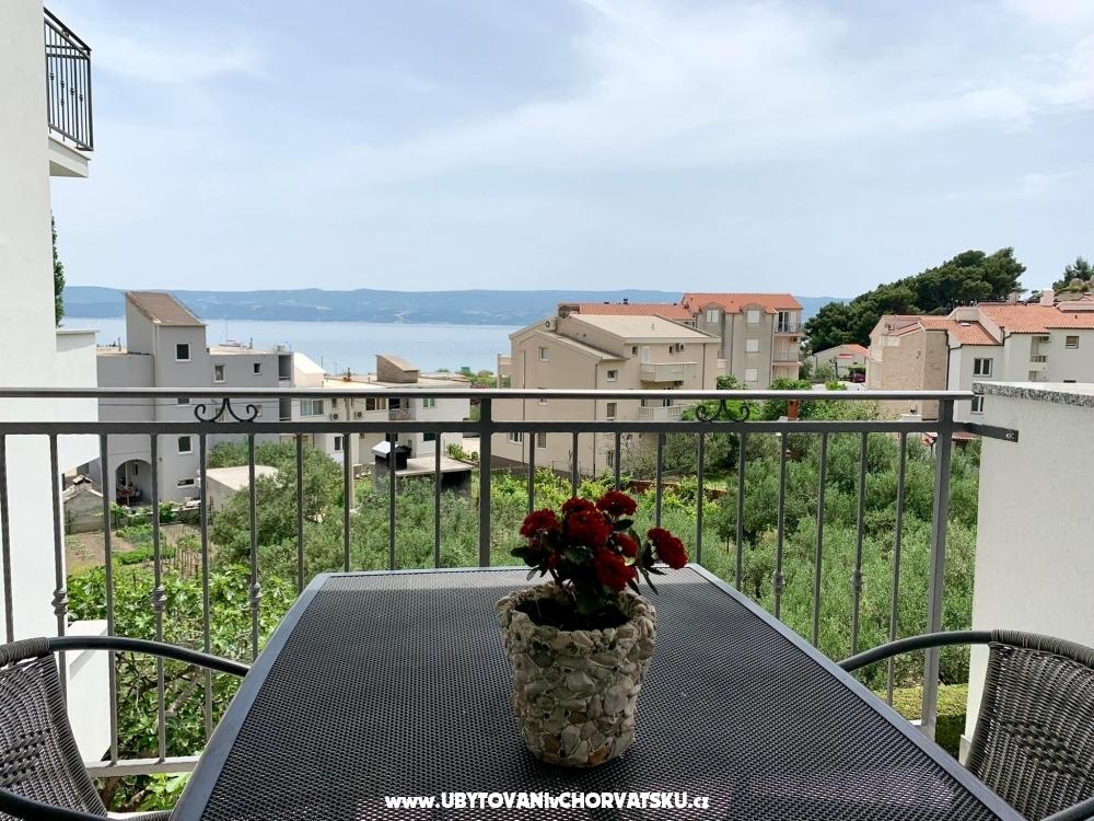 Ferienwohnungen Nikola Škarica - Omiš Kroatien