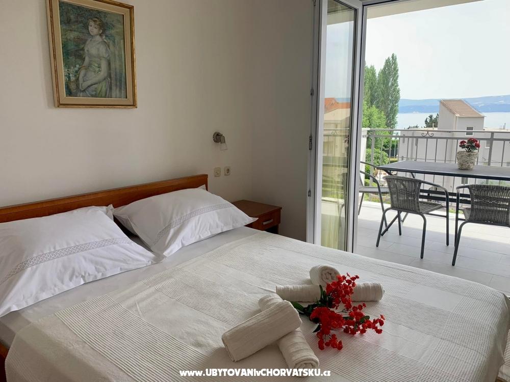 Apartmani Nikola �karica - Omi� Hrvatska