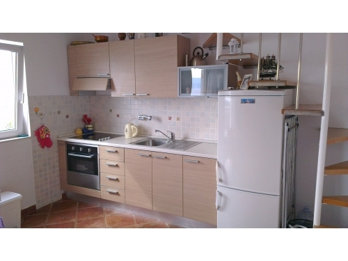 Apartments Pio - Omi� Croatia
