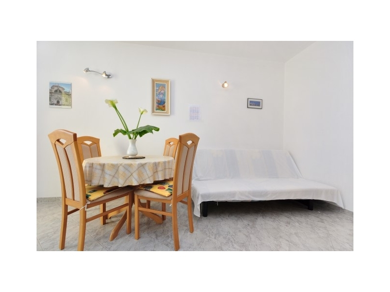 Apartments Tade - Omi� Croatia