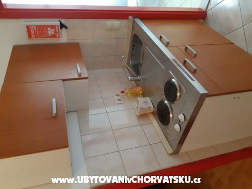 Apartmány TOMIĆ - Omiš Chorvátsko