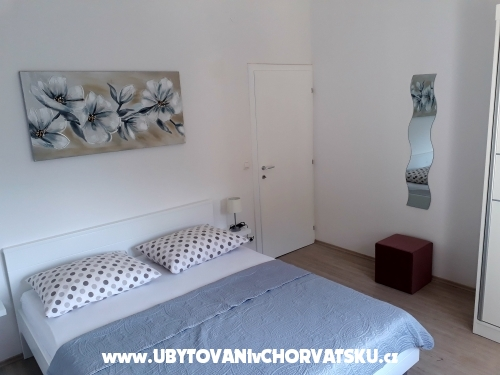 Apartment Ana - Omiš Croatia
