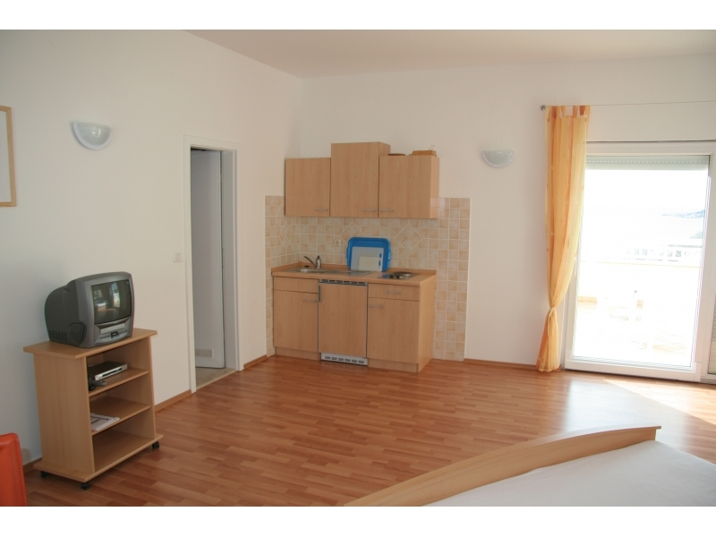 Apartments Villa Mare - Omiš Croatia