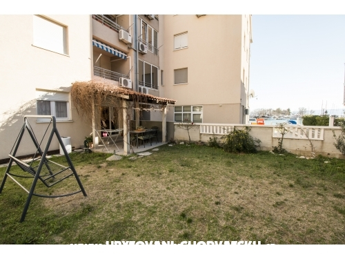 D&D seaview apartment for 9 - Omiš Hrvatska