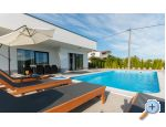 Holiday Home EB - Omi� Хорватия