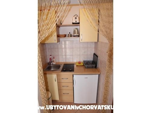 Jure & Marija Studio apartmani - Omiš Croatia