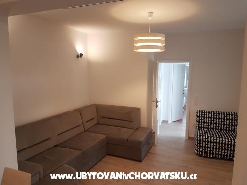 Kuzmanić - Omiš Chorvatsko