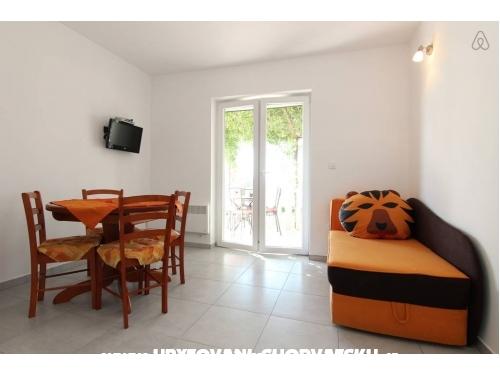 Apartmani by the sea - Omiš Hrvatska