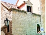Main Square Apartment - Omiš Croatia