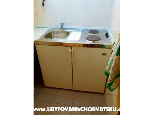 Apartmanok Pava - Omiš Horvátország