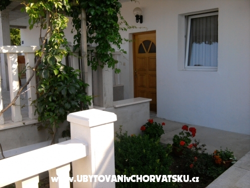 Petar apartmani Omis - Omi� Chorwacja