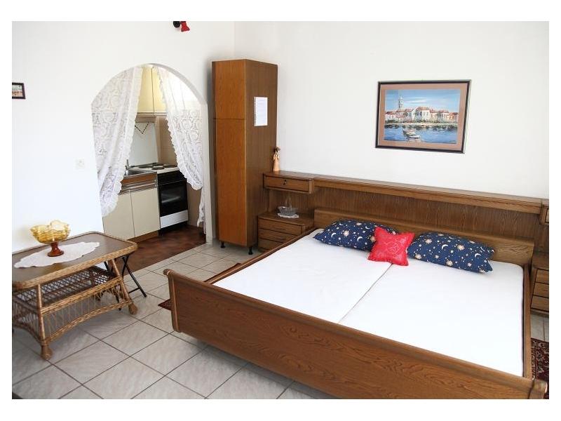 Apartamenty Bionda - Omi� Chorwacja