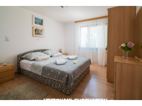 Apartments TOMAS - Omiš Croatia