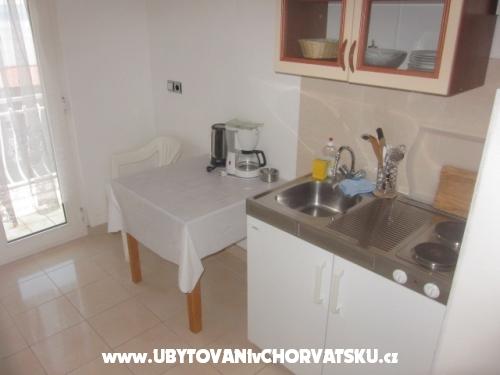 Villa Fila DUCE kod  OMIS Free WIFI - Omiš Horvátország