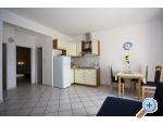 Villa Laura 50 m do mora - Omiš Chorvatsko
