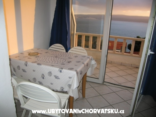 Villa Laura 50 m do mora - Omi� Hrva�ka