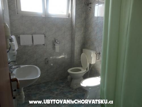 Novi apartmani Josipa - Omiš Horvátország