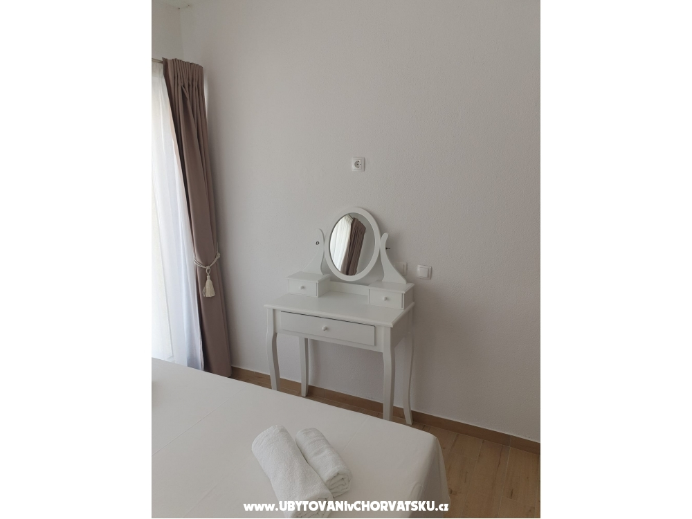 Apartments Filip and Gabriel - Orebi� � Pelje�ac Croatia