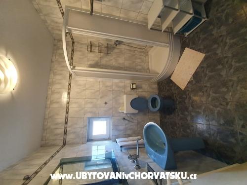 Apartma Silvia - ostrov Pag Hrvaška