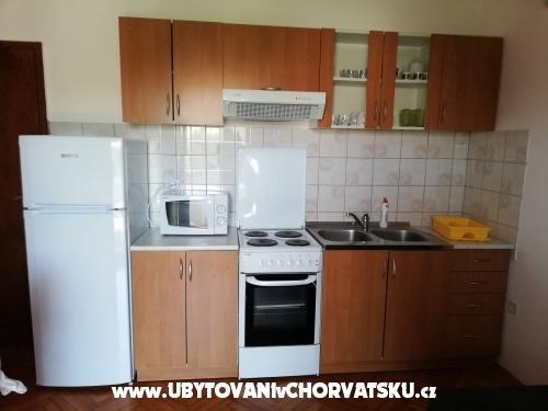 Apartmani Babić Pag - ostrov Pag Hrvatska