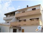 Apartments Dona Pag accommodatie Kroati�