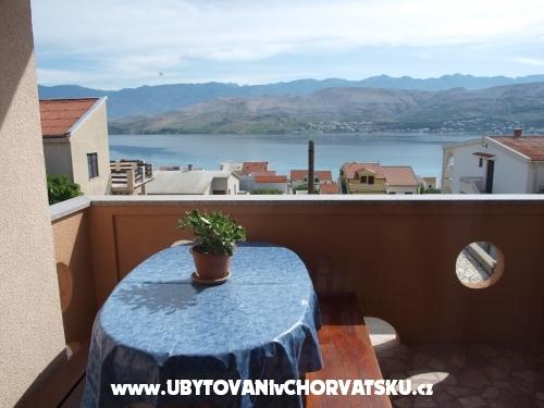 Apartments Ita s bazenom - ostrov Pag Croatia
