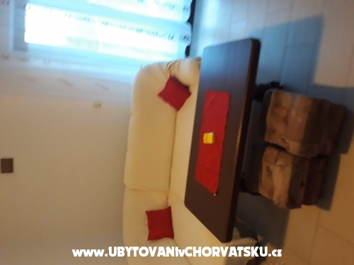 Apartmanok Iva - ostrov Pag Horv�torsz�g