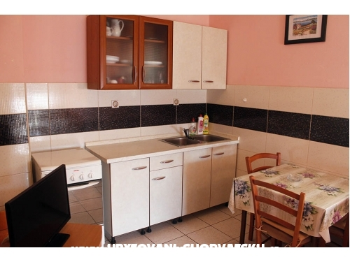 Apartmány Kustic - ostrov Pag Chorvátsko
