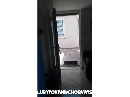 Apartmány RIA 2 - ostrov Pag Chorvatsko