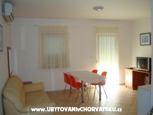Apartments VAVEDA - ostrov Pag Croatia
